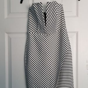 Black and white dress Timming